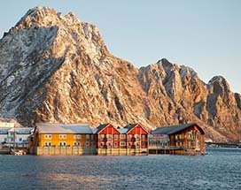 thumb-scandic-hotel-svolvaer-buiten-winter