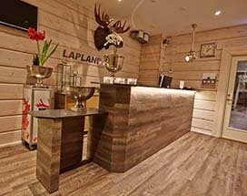 thumb-lapland-lodge-zomer-buiten